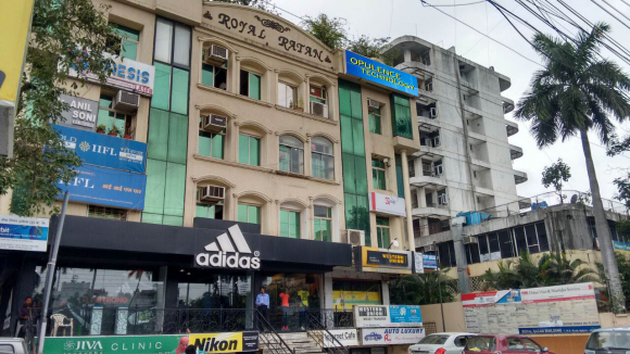 208 - 209 Royal Ratan Building 7 MG Road Indraprastha Square  Indore (Madhya Pradesh) <br />